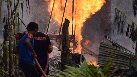 Photo of Api di Sumur Minyak Aceh Padam, 21 Orang Jadi Korban Jiwa